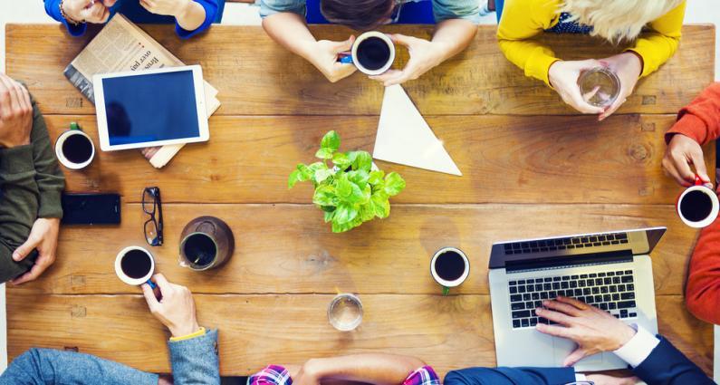 Las empresas buscan principalmente liderazgo, buen trabajo en equipo, autonomía, buena comunicación y toma de decisiones.