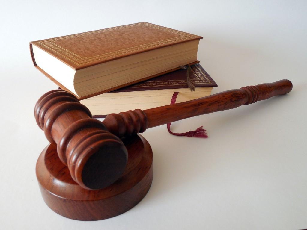 leyes, derecho,legal, abogados, profesiones con mejor salario