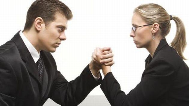 tipos de jefe, trabajo, mujeres vs hombres, quien es mejor jefe, porque preferir una mujer u hombre de jefe
