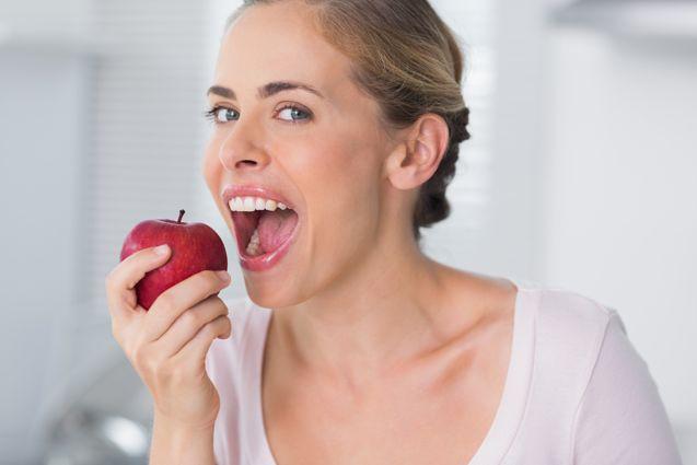 Eat-apple