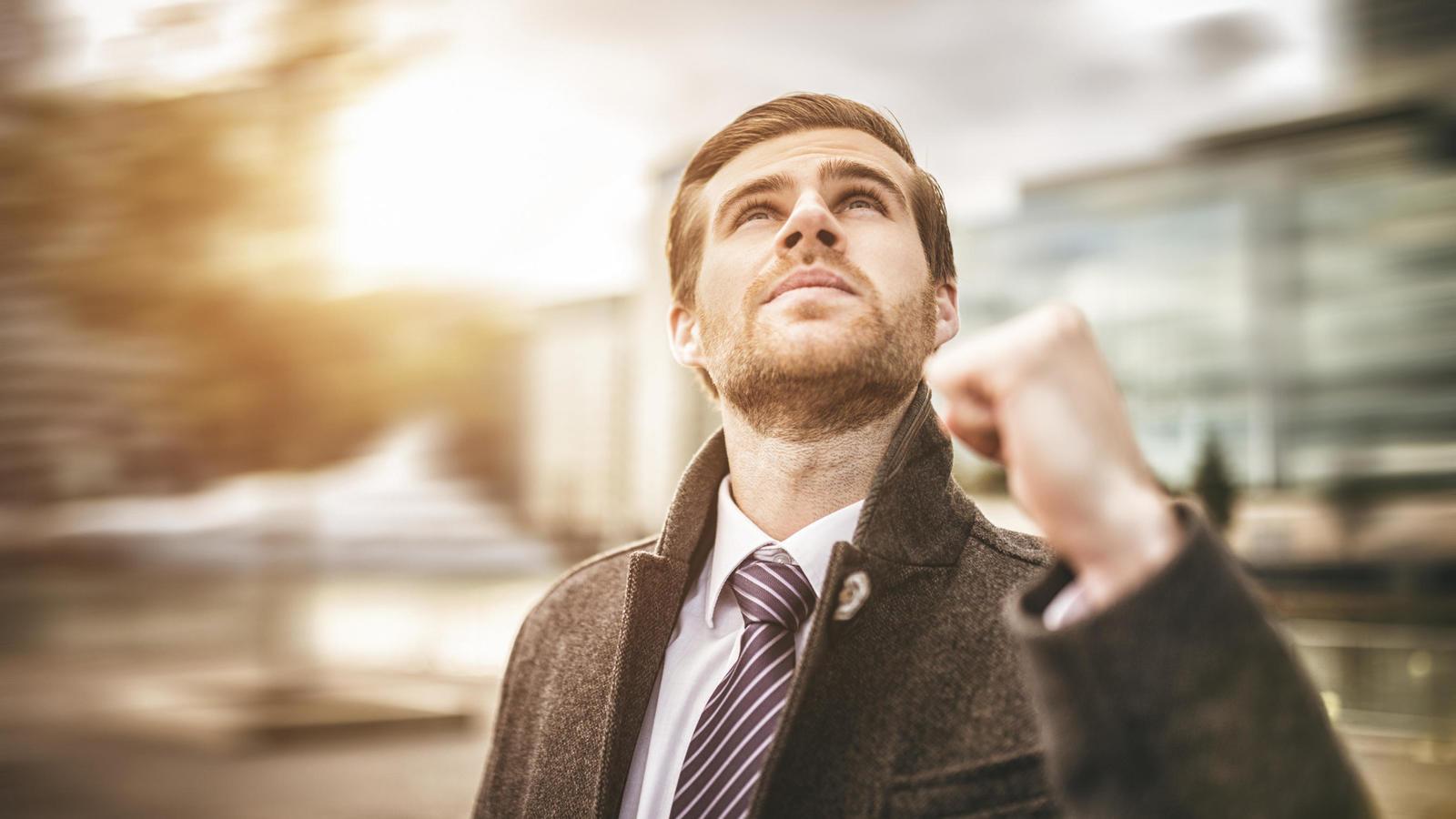 ser una persona exitosa, cómo ser una persona exitosa, alcanzar el éxito, tener un trabajo exitoso, conseguir trabajo, encontrar trabajo