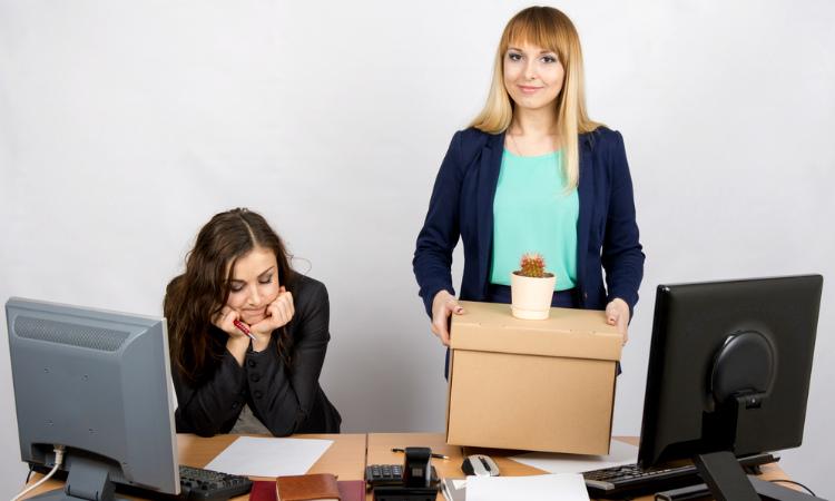 7 cosas que no debes olvidar en tu primer día de trabajo, ¡la 6 es indiscutible!