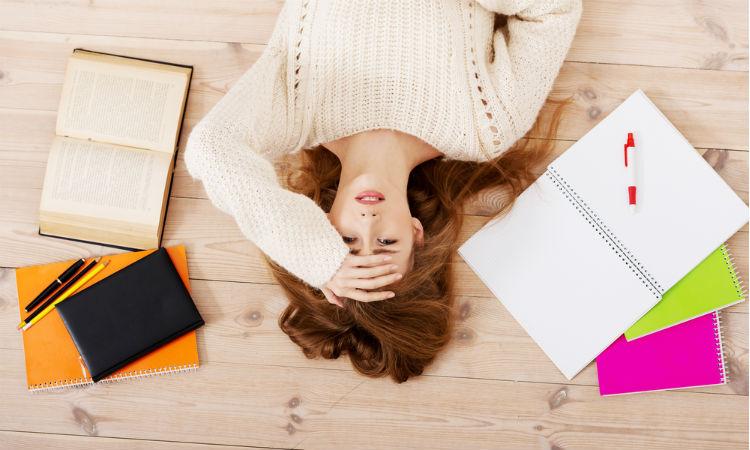 ¿Trabajar y estudiar? 8 tips para que no se convierta en un calvario