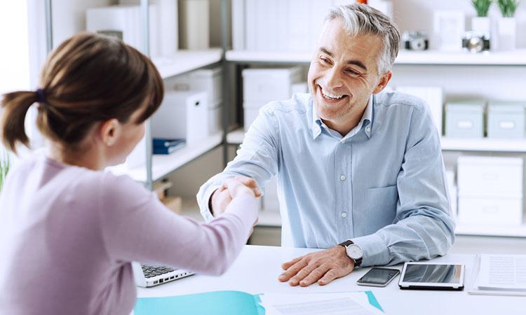 Se tiene la creencia que en un empleo lo que más importa es el dinero y lo demás viene por añadidura y no es así.