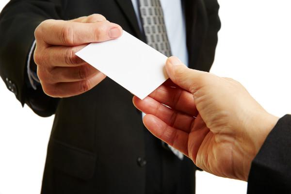 Solicita una tarjeta de presentación