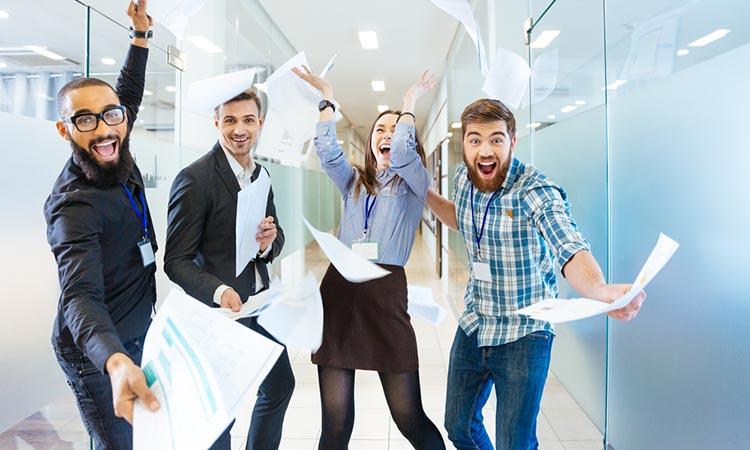 Consejos para que los millenials que trabajan en tu empresa no renuncien