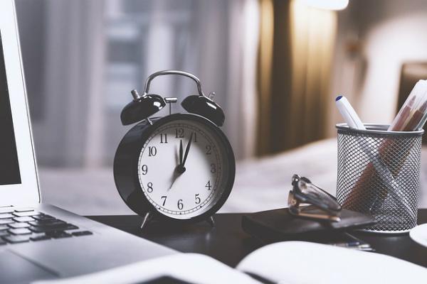 ¿Existe un mes, día y hora ideal para buscar trabajo?