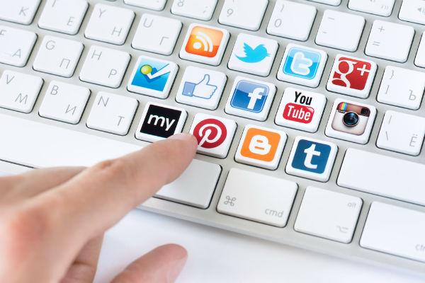 No dudes en informar tus redes sociales
