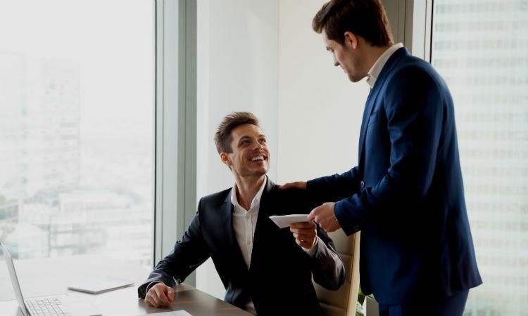 ¿Sabes cuándo debes pedir un aumento de sueldo?
